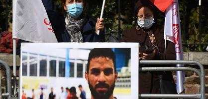 Familie dufte nicht zur Beerdigung des hingerichteten Ringers