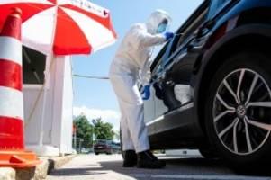 Corona-Pandemie : Corona: Wann man sich auf das Virus testen lassen sollte