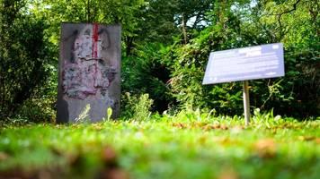 holocaust-Überlebender kämpft gegen wehrmachts-denkmal