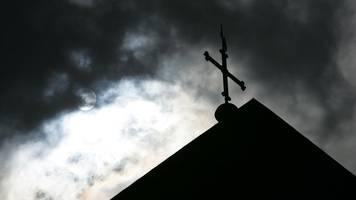 pastor verlässt gemeinde nach Äußerungen zum holocaust