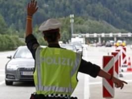 Corona-Pandemie: Reisebeschränkungen mit Fragezeichen