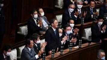 Japans Parlament wählt Yoshihide Suga zum neuen Regierungschef