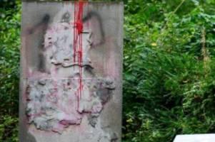Denkmäler: Prozess um Wehrmachts-Denkmal: Holocaust-Überlebender kämpft
