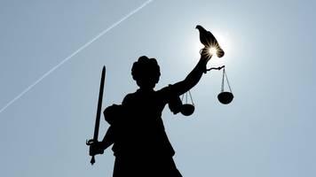 Prozessbeginn nach Tumulten vor Starnberger Polizeiwache