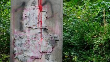 Prozess um Wehrmachts-Denkmal: Holocaust-Überlebender kämpft