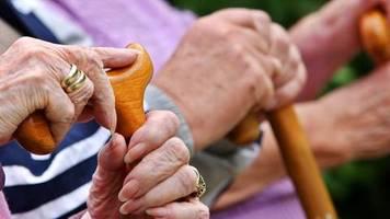 Trotz Corona-Krise: Linke fordert: Renten-Nullrunde 2021 verhindern