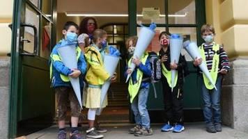 Lauterbach fordert neue Pläne für Corona-Schutz an Schulen