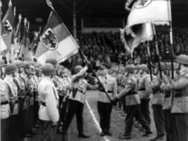 Bundeswehr: Kramp-Karrenbauer will homosexuelle Soldaten rehabilitieren