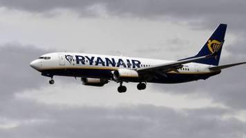 Billigflieger: Reisebeschränkungen: Ryanair kappt Flugangebot noch stärker
