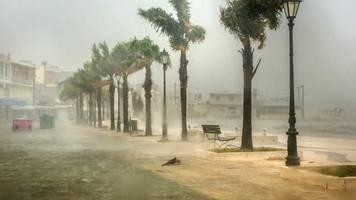 Merkmale eines Hurrikans: Wirbelsturm Ianos zieht entlang der griechischen Küste