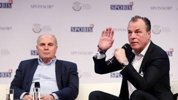 Bundesligaspiel in München - Schalke: Ex-Vereinschef Tönnies von Bayern eingeladen