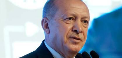 türkei verklagt griechische zeitung wegen anti-erdogan-titel