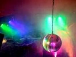 bezirke drängen auf schärfere regeln für partys