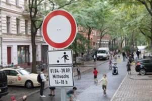verkehr: autofreier tag in berlin: 24 temporäre spielstraßen