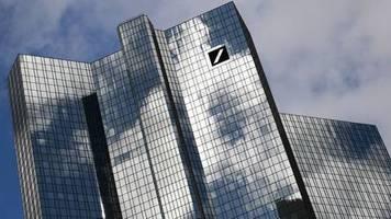 Von rund 500: Deutsche Bank will Filialnetz auf 400 Standorte verkleinern