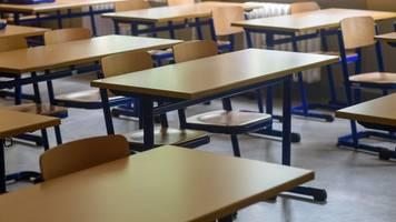 Bad Königshofen: Schulen und Kitas nach Corona-Fällen dicht