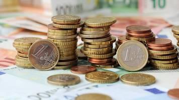 zehn millionen euro vom bund für lehrer-laptops in mv