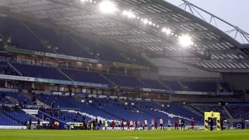 Coronavirus-Pandemie: Premier League kritisiert Aufschiebung der Fan-Rückkehr