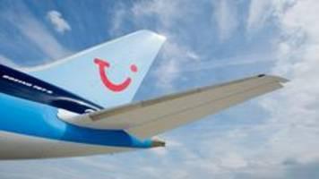 TUI streicht Reiseangebot wegen Corona-Pandemie weiter zusammen