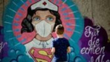 christian drosten: die pandemie wird jetzt erst richtig losgehen
