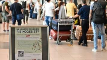 Günther fordert Schleswig-Holsteiner zu Reiseverzicht in Herbstferien auf