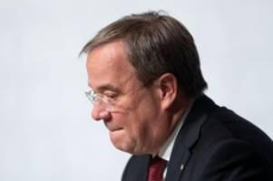Politik: Verlag: Söder stellt Laschet-Biografie in Berlin vor
