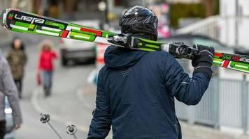 Beliebter Skiort: Corona-Hotspot Ischgl: Schadenersatz-Klagen gegen Österreich