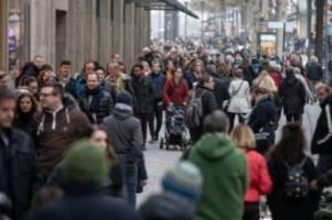 einzelhandel: verkaufsoffener sonntag in hamburg im zeichen des films
