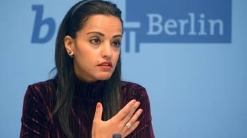 Chebli verteidigt Interesse an Bundestagskandidatur
