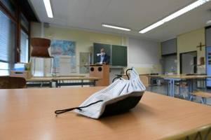 An zwölf Augsburger Schulen sind Klassen in Corona-Quarantäne