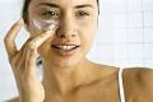 Zum Herbstanfang - So verhindern Sie trockene Haut und vorzeitige Faltenbildung