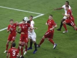 supercup in budapest: bayern drückt, aber knackt sevilla nicht