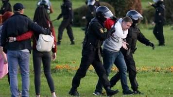 polizei geht nach lukaschenko-vereidigung gewaltsam  gegen demonstranten vor