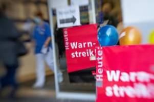 Öffentlicher Dienst: Erste Warnstreiks bei Wasserbetrieben und BSR in Berlin