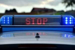 Hamburg: Polizei erwischt Fahrer mit selbstgebasteltem Kennzeichen