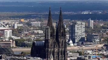 kölner erzbistum befürchtet weniger einnahmen durch corona