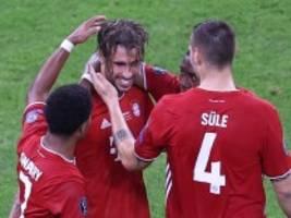 Supercup: Abschiedsgeschenk von Martínez