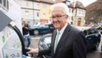 autoindustrie: winfried kretschmann zweifelt an schnellem erfolg der e-autos