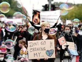proteste auch an den polen: wieder weltweite proteste für das klima