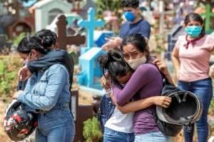 Pandemie: Corona gerät außer Kontrolle – bald eine Million Tote