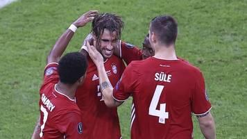 Titel Nummer vier - Triumphale Bayern: Martínez wird nochmal zum Mr. Supercup