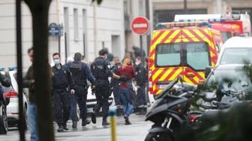 Paris: Messerangriff nahe ehemaligem Charlie Hebdo-Büro – vier Verletzte