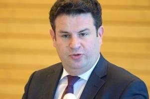 Arbeitsminister besucht Bundesagentur für Arbeit in Krisenzeiten