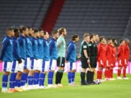 Coronavirus im Sport: Schalker Profi positiv auf Coronavirus getestet