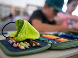 lehrerverband schlägt alarm: 50.000 schüler sind derzeit in quarantäne