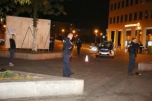 Blaulicht-Blog: Jugendlicher mit Messer in Hellersdorf verletzt