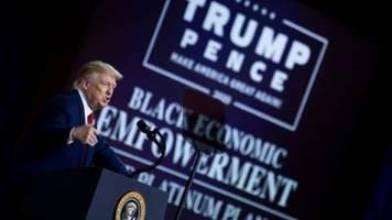 Trump wirbt um Stimmen schwarzer Wähler