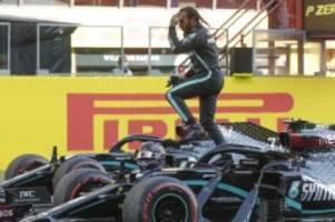 Formel 1: Hamilton fährt zur Pole Position in Sotschi