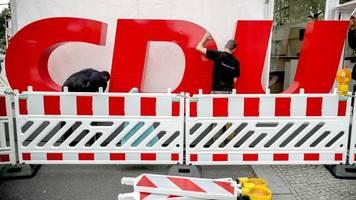 cdu-vorsitz: laschet, merz und röttgen treffen bei rede-duell aufeinander