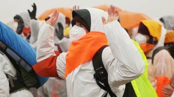 proteste: kohlebunker besetzt,  zugverkehr beeinträchtigt